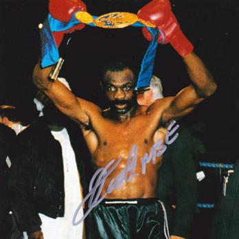 James-Cook-signed-super-middleweight-boxing-photo