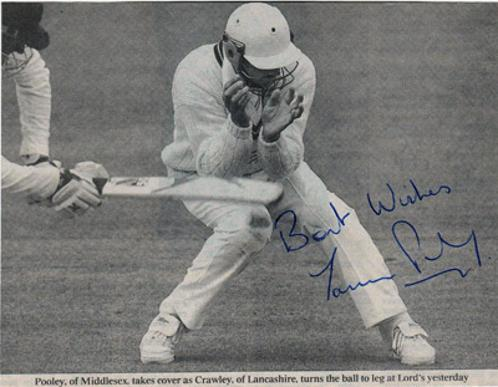 Jason-Pooley-autograph-signed-Middlesex-cricket-memorabilia-Middx-CCC-county-batsman-fielding-autographed