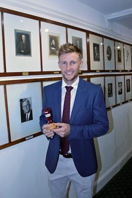 Joe-Root-Ashes-Urn-Hon-Ivo-Bligh-8th-Earl-of-Darnley-Roya-St-Georges-golf-club-england-cricket-captain-australia-1