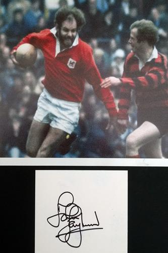 John-Taylor-autograph-signed-Welsh-rugby-memorabilia-Wales-British-Lions