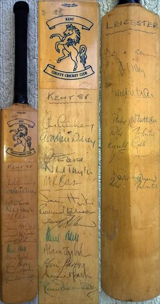Kent-cricket-memorabilia-signed-mini-bat-1986-squad-v-leicestershire-kccc-chris-cowdrey-autograph-gower-terry-alderman-dilley-tavare-agnew-underwood-canterbury-august-leics-ccc