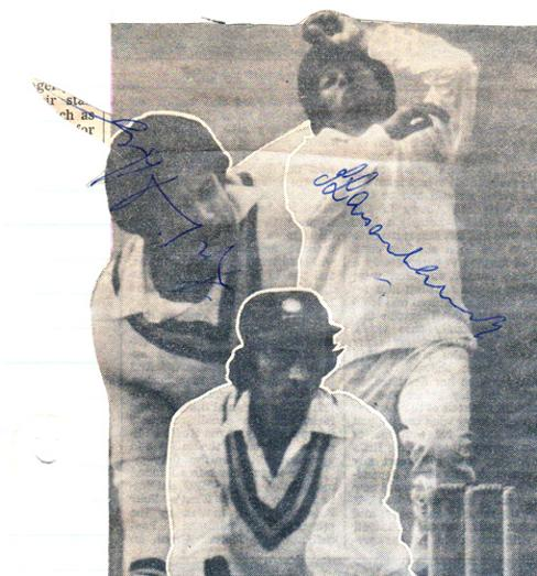 Kapil-Dev-autograph-signed-India-cricket-memorabilia-indian-captain-1983-world-cup-winners-nikhanj-karsan ghavri signature