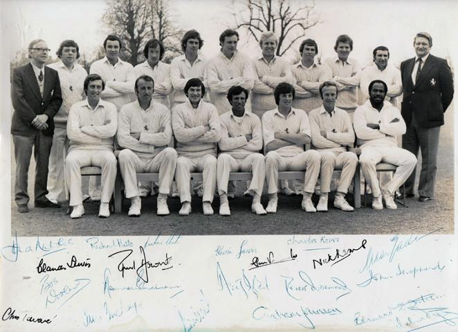 Kent-Cricket-memorabilia-1978-signed-team-photo-KCCC-spitfires