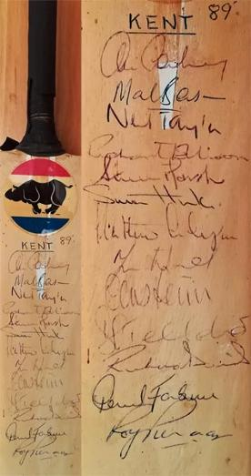 Kent-cricket-memorabilia-1989-squad-signed-mini-bat-Chris-Cowdrey-autograph-Mark-benson-neil-taylor-fleming-ellison-marsh-kccc