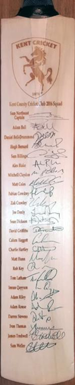 Kent-cricket-memorabilia-2016-squad-signed-cricket-bat-sam-northeast-billings-bell-drummond-rob-key-fabian-cowdrey-denly-tom-latham-darren-stevens-kccc-autographs