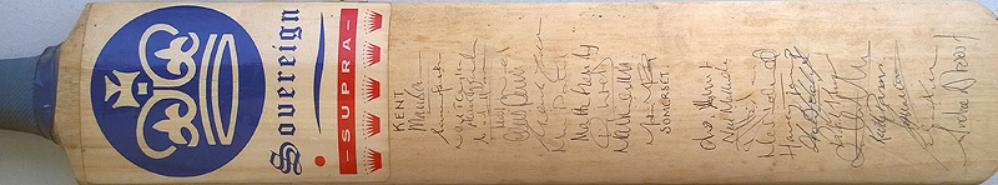 Kent-cricket-memorabilia-KCCC-signed-bat-1990s-Mark-Benson-Carl-Hooper-Alan-Igglesden-Fleming-McCague-Patel-Marsh-Taylor-Ward-Penn-Wren-Somerset-XI