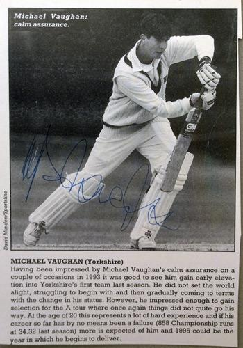 MICHAEL-VAUGHAN-autograph-signed-Yorkshire-cricket-memorabilia-England-test-cricket-captain-Ashes-2005-Strictly-come-dancing