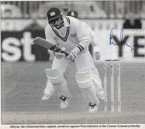 Mark-Alleyne-autograph-signed-Gloucestershire-Gloucs-CCC-cricket-memorabilia-newspaper-article-warks-captain-picture-batting-signature