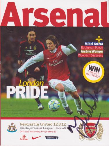 Martin-Keown-autograph-signed-Arsenal-football-memorabilia-programme-England-Everton-West-Ham-Gunners-signature-soccer-AFC