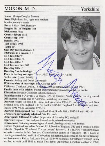 Martyn-Moxon-autograph-signed-yorkshire-cricket-memorabilia-signature-england-captain-batsman-1995-yorks-ccc-county-cricketers-whos-who-white-rose