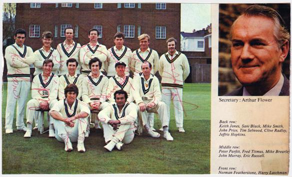 Middlesex-cricket-memorabilia-signed-team-photo-squad-1960s-1970s-Middx-CCC-County-Cricket-Club-peter-parfitt-fred-titmus-Clive-Radley-Mike-Brearley-John-Price