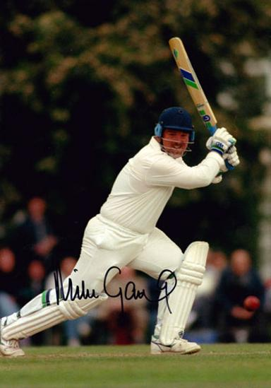 Mike-Gatting-autograph-Middx-CCC-England-captain-signed-colour-photo-autographed-cricket-memorabilia