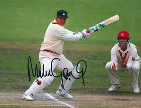 Mike-Gatting-autograph-signed-Middlesex-cricket-memorabilia-England-test-match-Middx-CCC-county-captain-square-cut-batsman