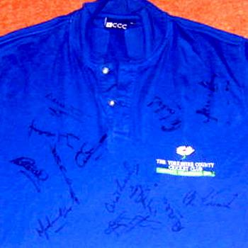 YORKSHIRE 2001 COUNTY CHAMPION POLO SHIRT ... SIGNED BY 17 PLAYERS