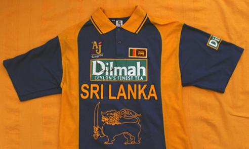 Muttiah-Muralitharan-autograph-signed-Sri-Lanka-cricket-memorabilia-replica-playing-shirt-signature-800-test-wickets-spinner-doosra-Kent-Lancs-CCC-Murali