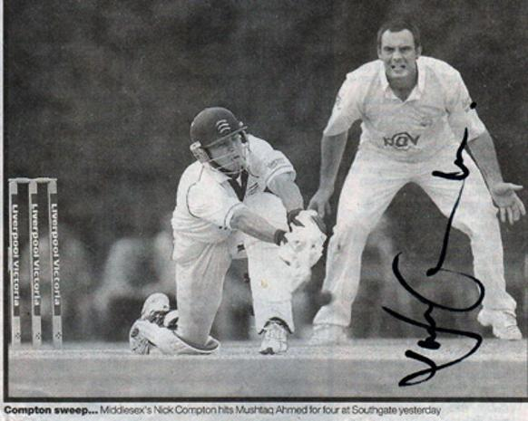 Nick-Compton-autograph-signed-Middlesex-cricket-memorabilia-Middx-CCC-county-England-test-match-batsman-compdog-sweep-nicholas