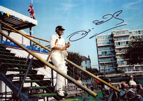 Owais Shah autograph signed middlesex cricket memorabilia Middx ccc England ipl