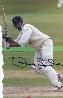 Owais-Shah-autograph-signed-Middlesex-cricket-memorabilia-England-u-19-under-captain-test-match-batsman-odi-cap-stylish