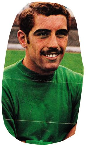 Peter-Shilton-autograph-signed-Leicester-City-football-memorabilia-Forest-England-goalkeeper-signature