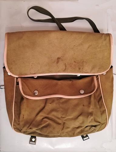 Relum-sports-fly-fishing-shoulder-bag-waterproof-inner-coarse-angling-green-canvas-vintage