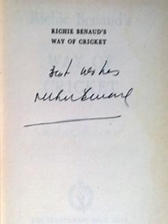 Richie-Benaud-memorabilia-Richie-Benaud-autograph-1962-signed-book-Way-of-cricket-australia-cricket-memorabilia-sportsmans-book-club-signature