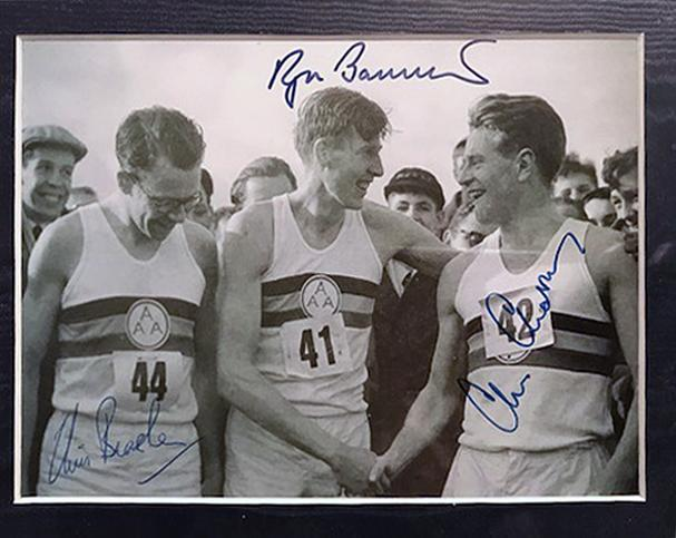 Roger-Bannister-autograph-signed-Athletics-memorabilia-sub-four-minute-mile-record-Sir-chris-brasher-chataway-signatures-pace-makers-history-iffley-road-oxford