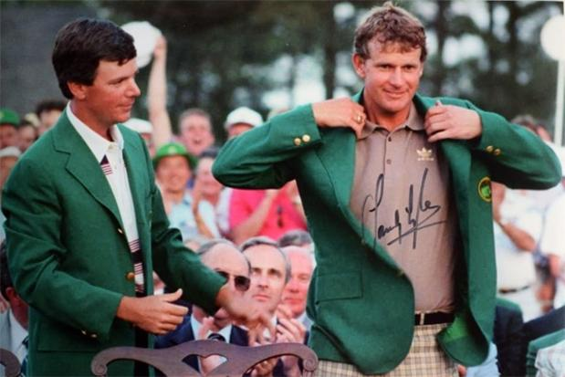 Sandy-Lyle-memorabilia-Sandy-Lyle-autograph-signed-1988-US-Masters-golf-memorabilia-Bobby-Jones-Augusta-National-1988-Green-Jacket-champion