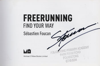 Sebastien-Foucan-signed-Free-Running-Find-Your-Way-Parkour-book-autograph-350