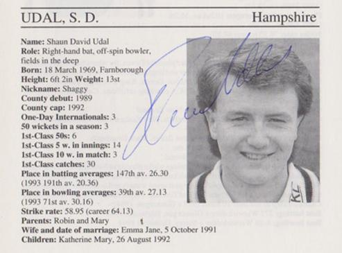 Shaun-Udal-autograph-signed-hampshire-cricket-memorabilia-signature-hants-shaggy-england-spinner-1995-county-cricketers-whos-who