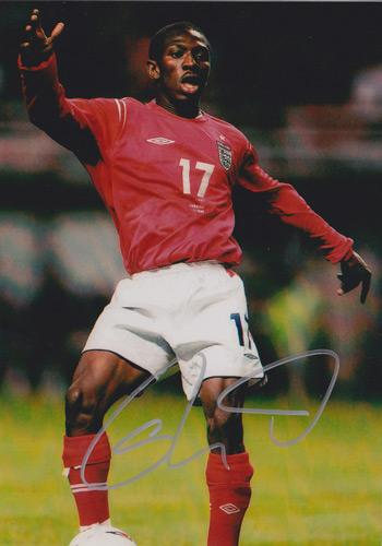 Shaun-Wright-Phillips-autograph-Man-City-football-memorabilia-hand-signed-photo-signature-collectable-England