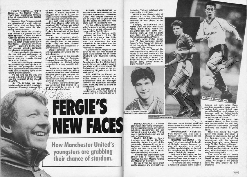 Sir-Alex-Ferguson-signed-Man-Utd-fc-football-memorabilia-topical-times-annual-autograph-Manchester-United 1990