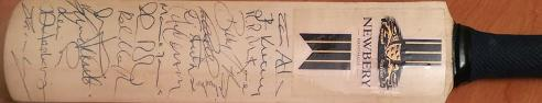 Sussex-cricket-memorabilia-signed-newberry-mini-bat-chris-adams-autograph-kirtley-lewry-yardy-ambrose-cottey-signatures-