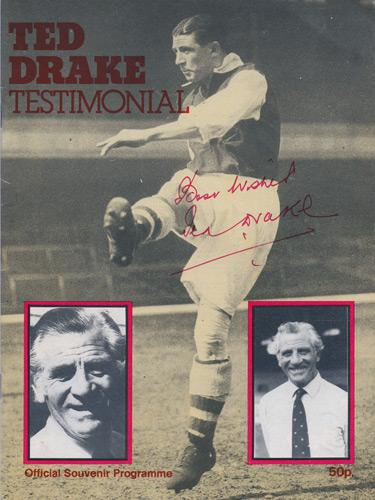 Ted-Drake-autograph-signed-Arsenal-FC-football-memorabilia-souvenir-benefit-programme-Fulham-signature-Gunners-Highbury
