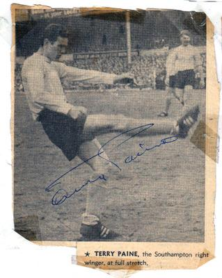 Terry-Paine-autograph-signed-Southampton-FC-football-memorabilia-Saints-Soton-England-1966-World-Cup-player-cheltenham-town-manager