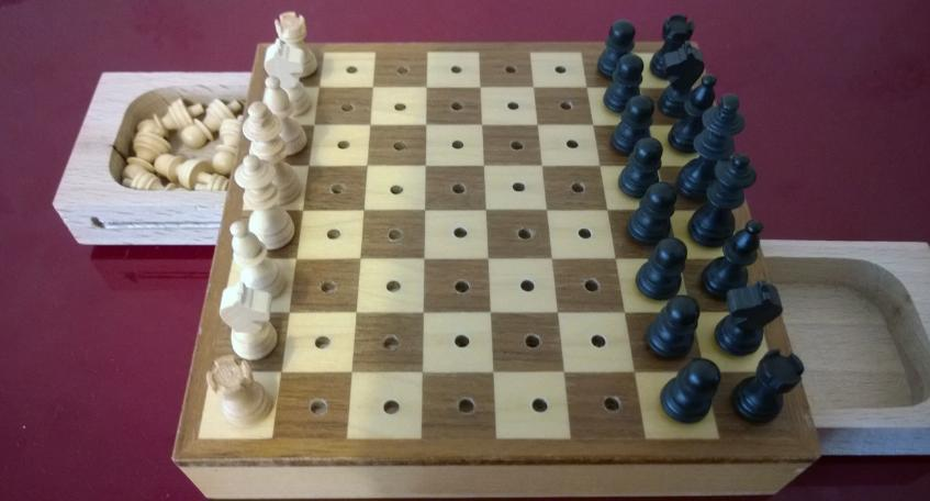 Travel-Chess-Set-Wooden-synchronised-drawers-mini-executive-quality-craftsman-small-pocket-size