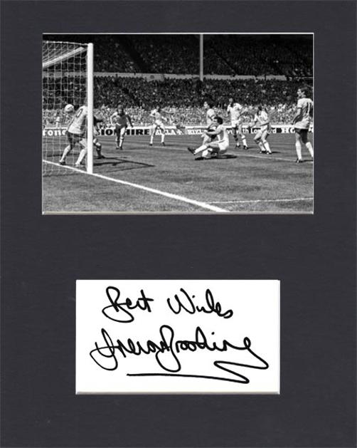 Trevor-Brooking-autograph-signed-west-ham-united-football-memorabilia-1980-FA-Cup-final-winning-goal-arsenal-wembley