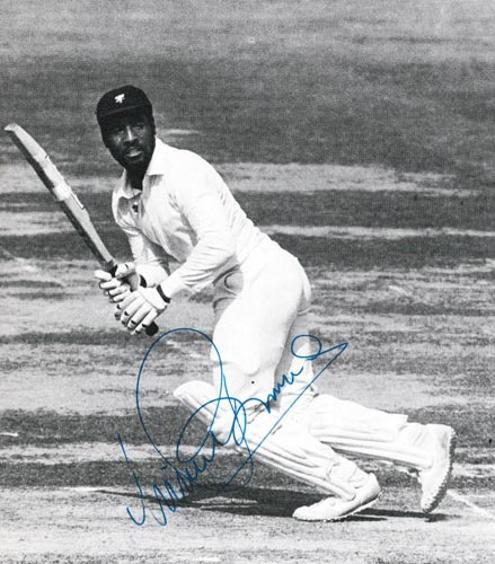 Viv-Richards-autograph-signed-west-indies-cricket-memorabilia-iva-master-blaster-somerset-antigua