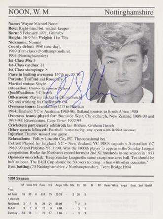 Wayne-Noon-autograph-signed-notts-cricket-memorabilia-signature-1995-ccc-county-cricketers-whos-who
