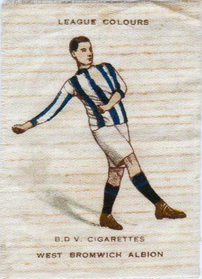 West-Bromwich-Albion-fc-football-memorabilia-BDV-cigarettes-league-colours-silk-cigarette-card-tobacco-wba-west-brom-1920s