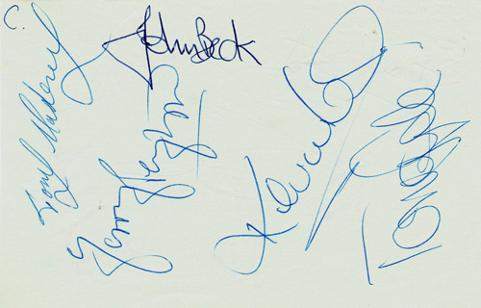fulham-fc-football-memorabilia-autographs-Tony-Gale-John-Beck-Mahoney-Peyton-Lock-signed-legends-autograph